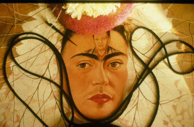 portrait-frida-kahlo-mexico-800x525