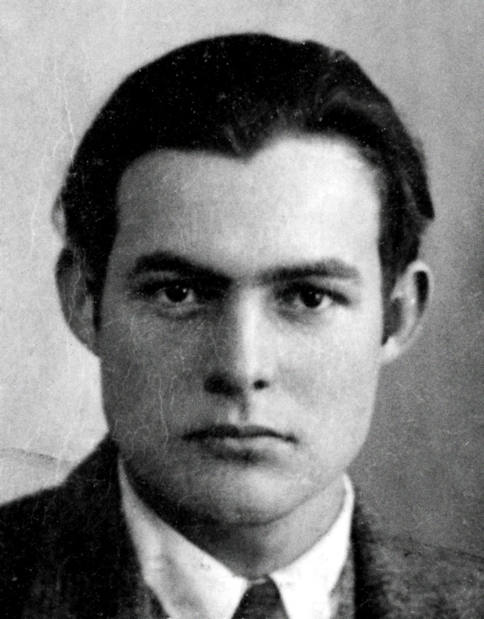 Ernest_Hemingway_1923_passport_photo